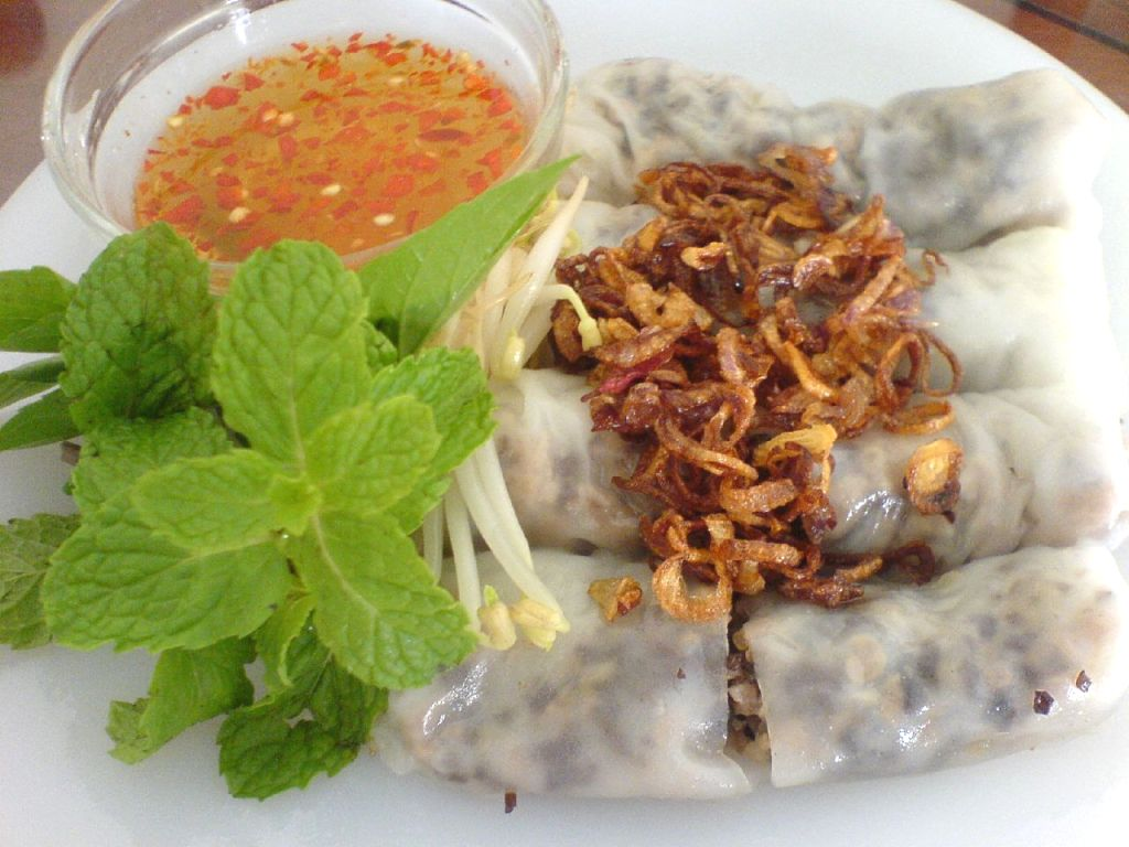 Banh Cuon - Roll Rice Cake